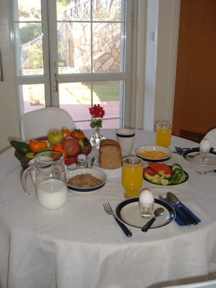 Efrat Bed and Breakfast, comfortable and cozy