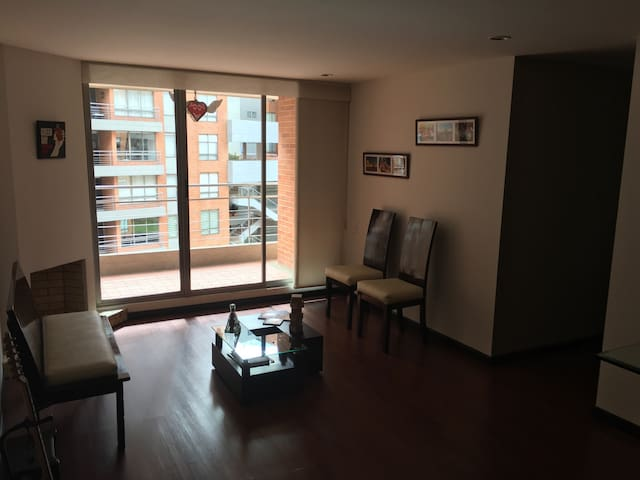 Great and cozy room in north Bogota - Bogotá - Wohnung