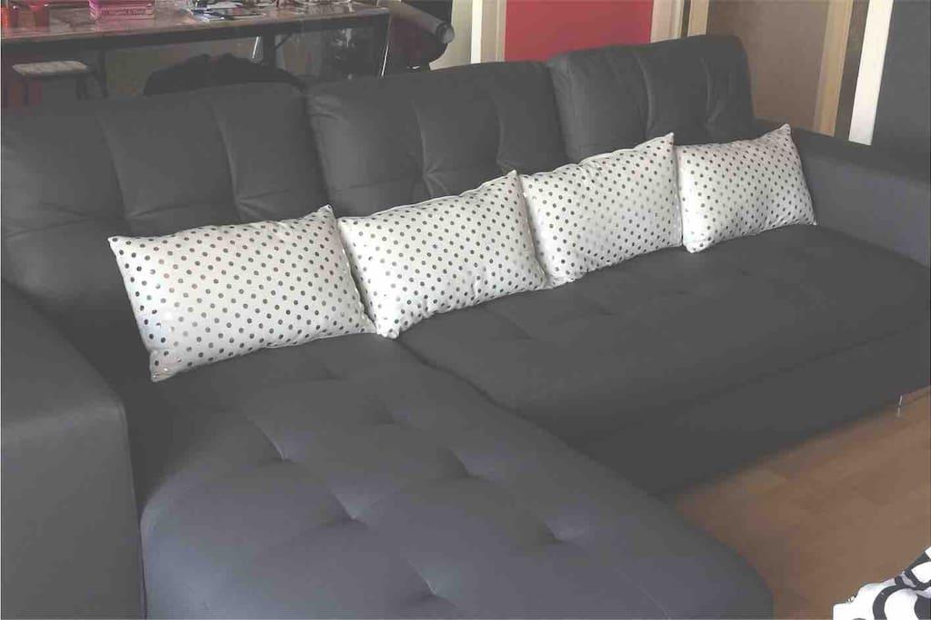 Canapé lit 2 places très confortable