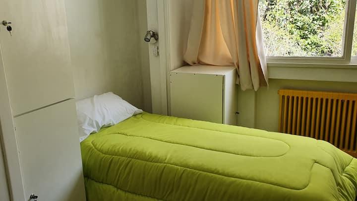 Patagonia Jazz Hostel 2 Hab Quintuple Amarilla