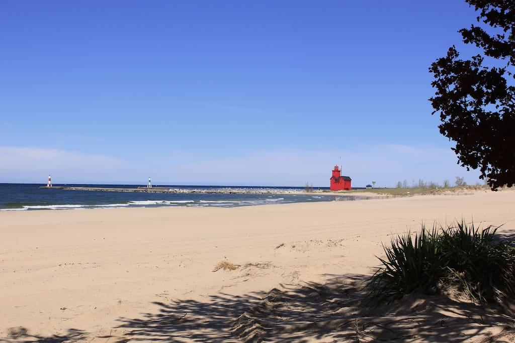 The view of the beach and lighthouse from the bottom of the walk.