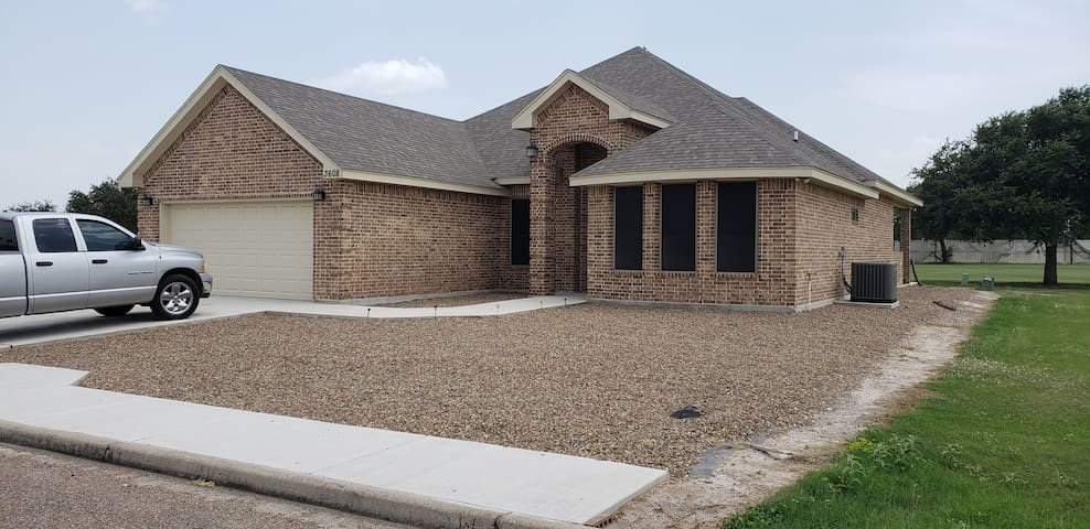 2 bedroom home on a GOLF COURSE