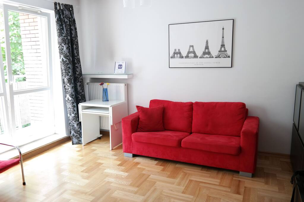 2 rooms nearby Old Town + garage