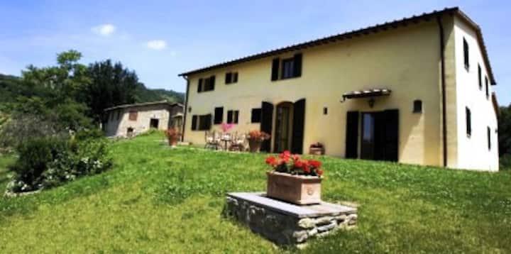 Villa+ barn & pool by Florence