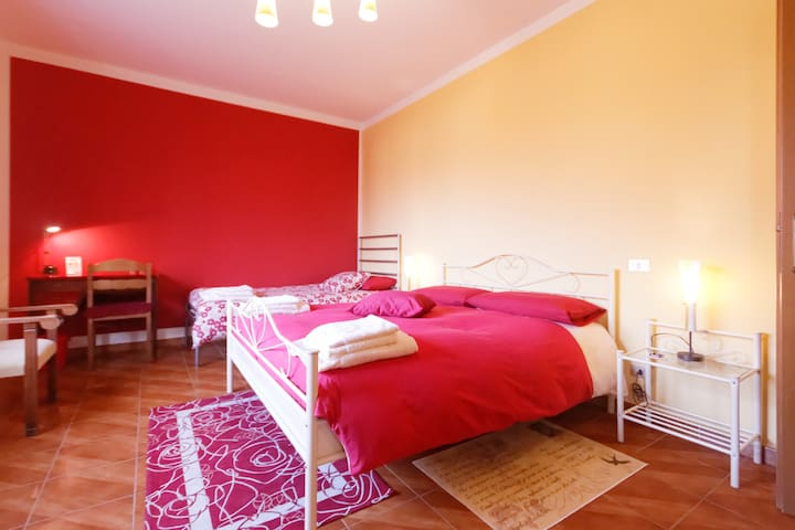 B&B L'ALBERO MAESTRO Room Bordeaux - Borgofranco - Bed & Breakfast