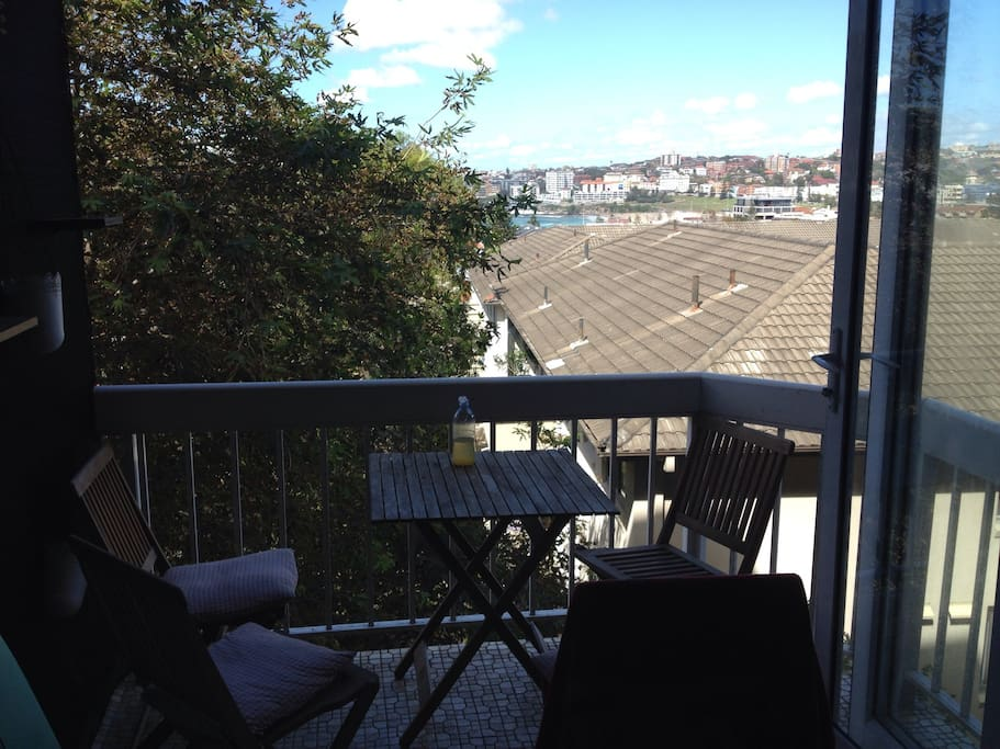 Balcony facing Bondi Beach