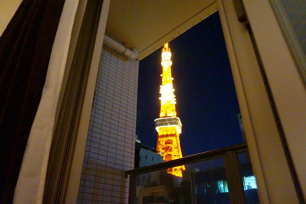 TOKYO TOWER (AS THE SYMBOL OF TOKYO)NIGHT VIEW