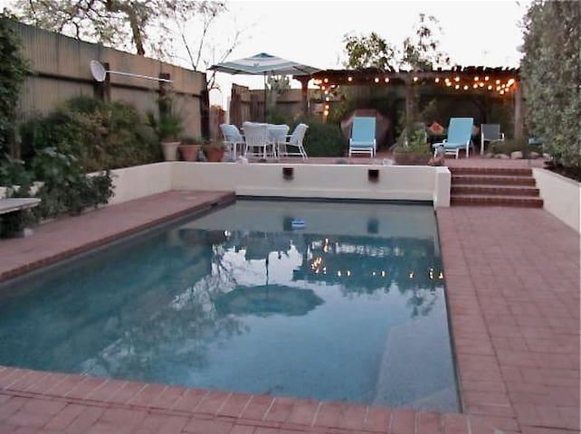 Downtown Casita and Pool - Tucson - Apartamento