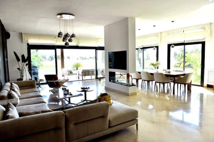 Chambre Privée dans une Villa de Luxe
