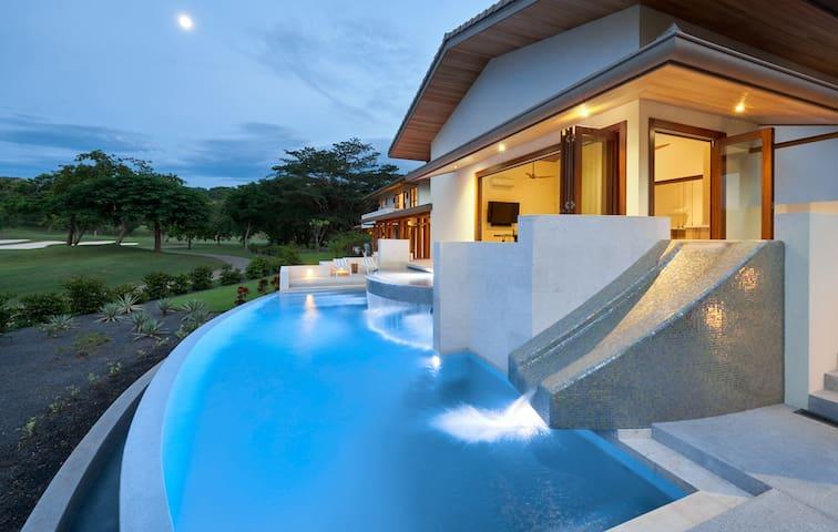 Casa Breeze
