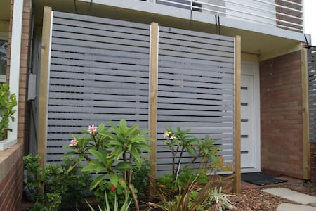 Modern Townhouse/Pet friendly - Shoalwater - Pis