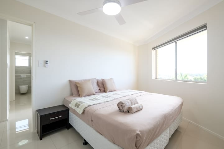 Stunning views close to City & public transport - Coorparoo - Apartment