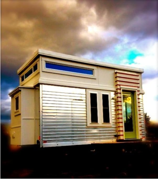 Modern Tiny House Houses For Rent In Portland Oregon