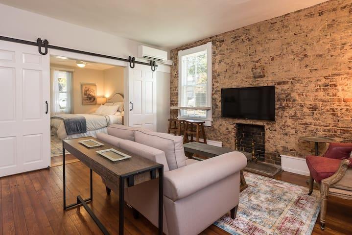 French Cottage in Belmont - Charlottesville - Lägenhet