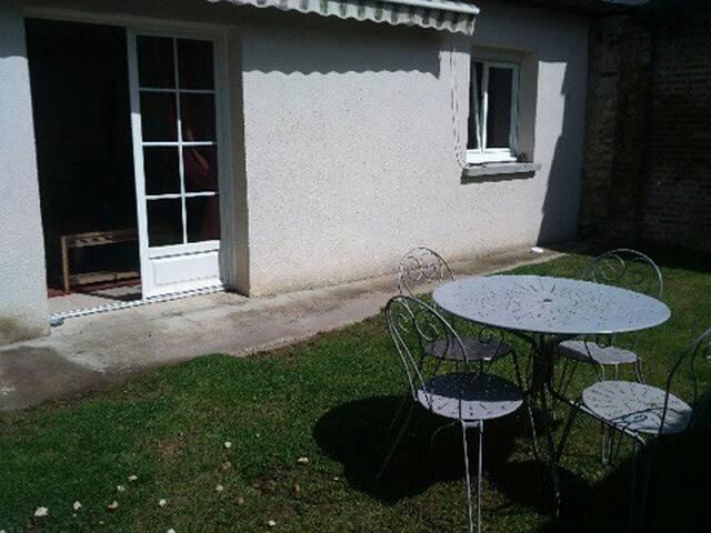 maison avec^petit jardin ensoleillé - Dives-sur-Mer - Haus