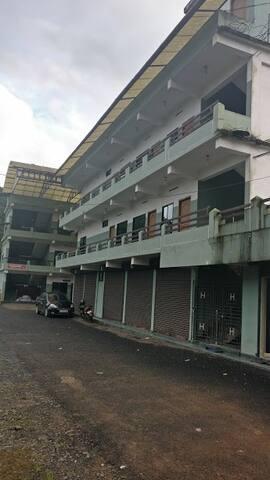 Lakkidi Grace Inn - Kunnathidavaka - Boutique-hotell