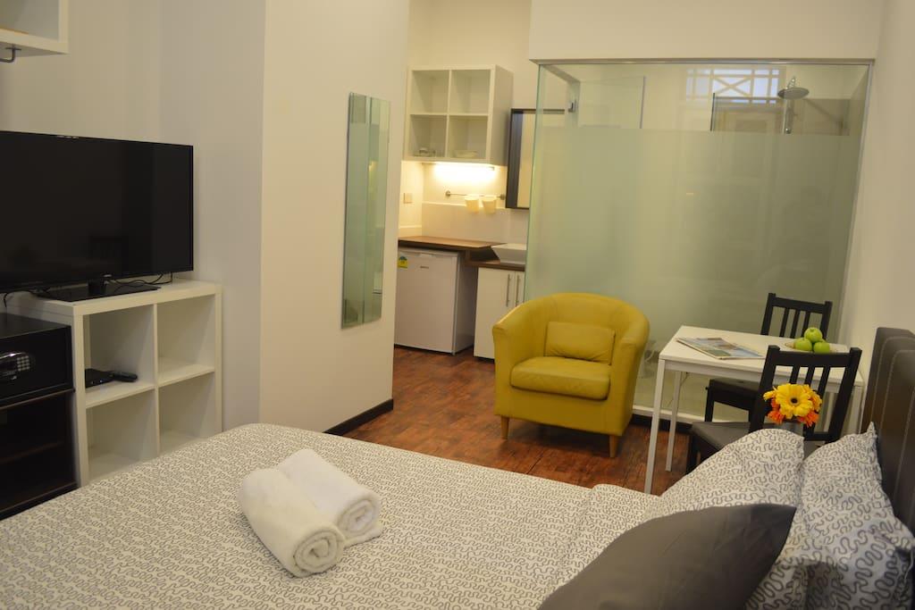 s6 city central appartements louer singapour singapour. Black Bedroom Furniture Sets. Home Design Ideas