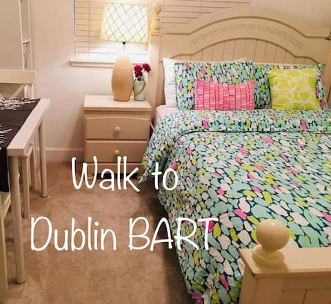 Separate Downstairs BR/Pvt Bath/ Walk to BART