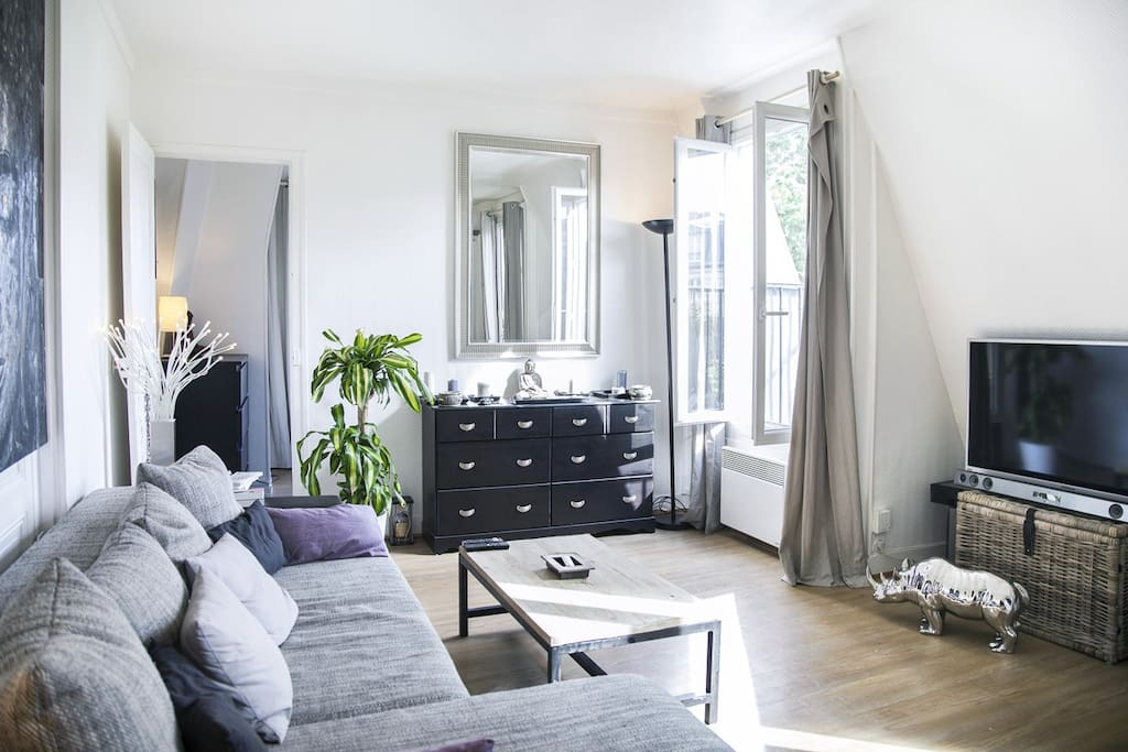 Very charming apartment close to Eiffel Tower