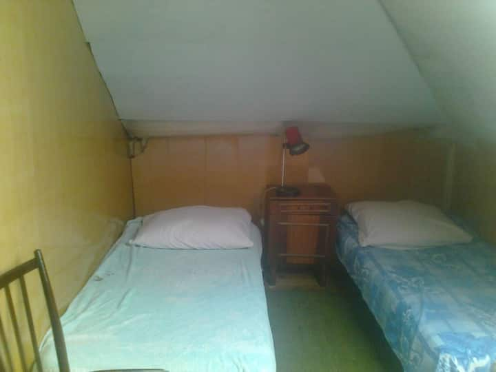 Rent a room in Donezk.