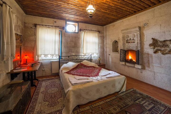 Oriental Cave Suites - GOREME - Bed & Breakfast