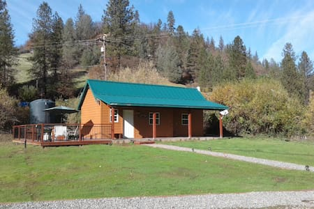 Whiskey Flats Cabin - Lewiston - Cabaña