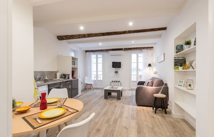 Cosy Studio in the Old Town - St François Square