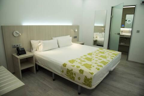 Hab. privada  baño privado - Centro - Hotel Rambla