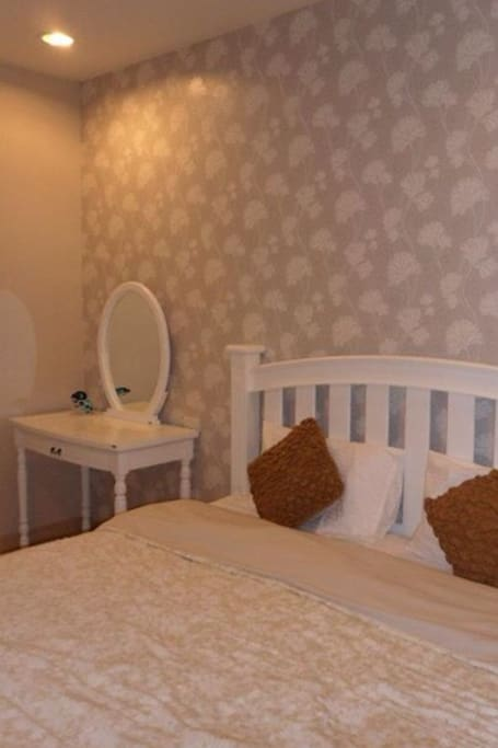 The Vintage Bedroom.