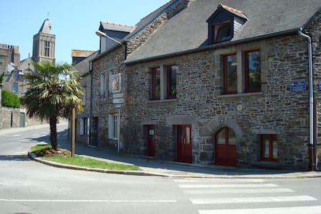 Studio de caractère meublé - Dol-de-Bretagne - 아파트