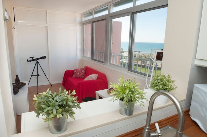 BeautifulFlat IN FRONT OF THE BEACH - La Cala del Moral - Apartment