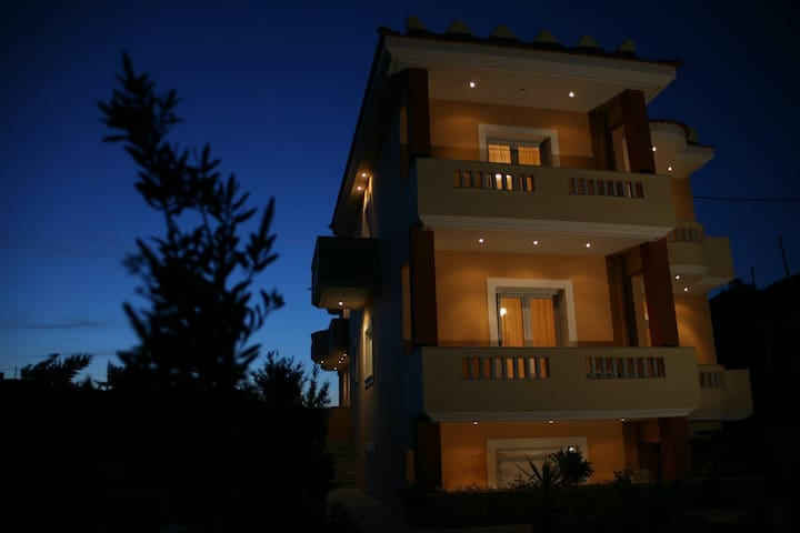 Porto Limnia apartments - Λημνιά - Huoneisto