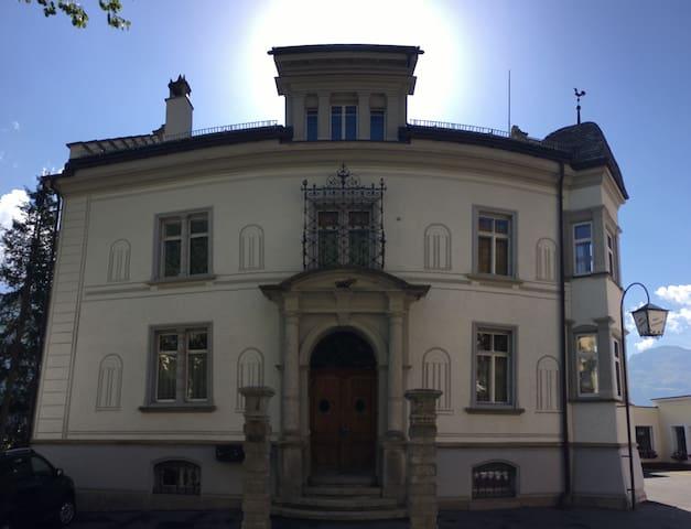 Wonderfull apartment in Engadina - Samedan - Leilighet