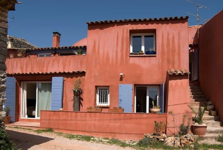 cottage de charme du Bury - tavernes - Apartment