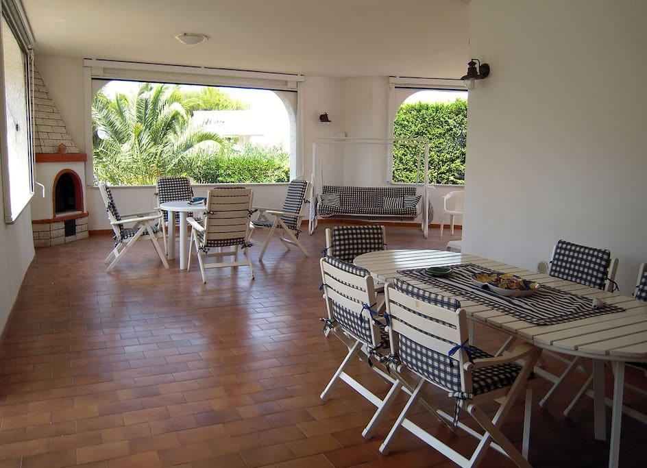 Villa san giovanni ville in affitto a polignano a mare for Amaretti arredamenti villa san giovanni