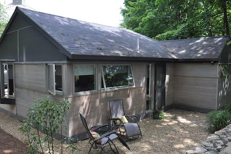 The Cottage - Rockport - Casa