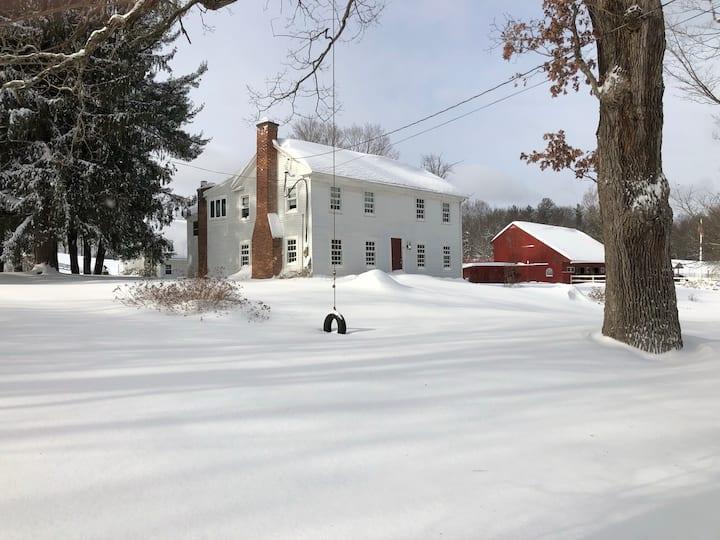 Roundhill Farm - A Winter Wonderland