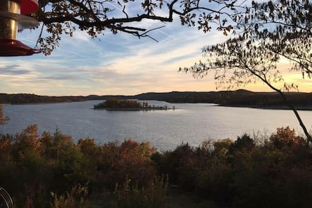 Breathtaking Views of Table Rock Lake