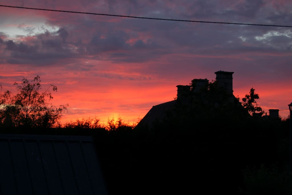 A fine sunset over the house