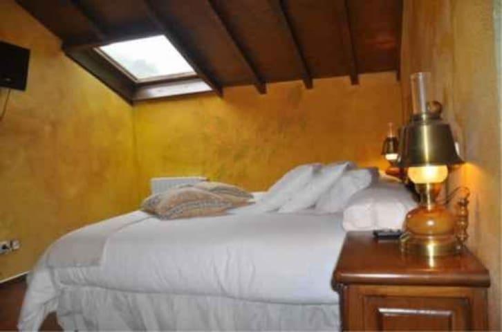 Hotel Peñalba - Matrimonio Cama King Size