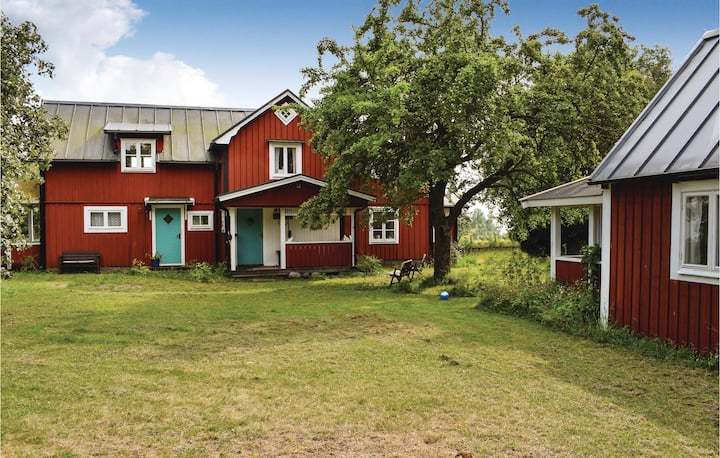 Stunning home in Köpingsvik with WiFi and 5 Bedrooms