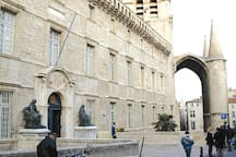 La célèbre université de Montpellier...la plus ancienne d'europe