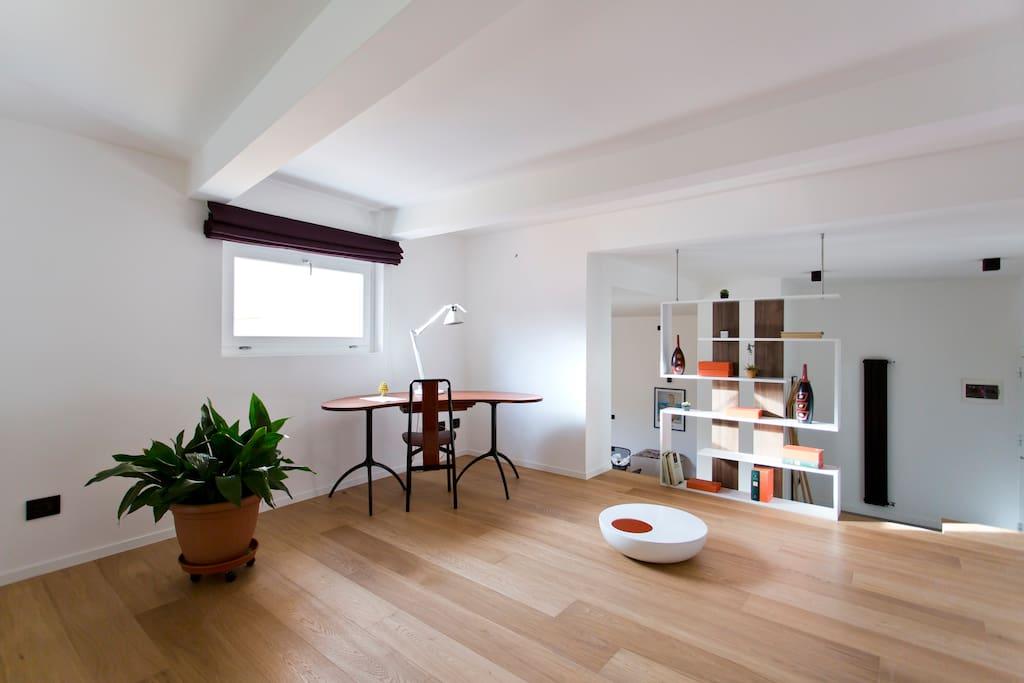 Area relax, studio e funge anche da doppia camera da letto