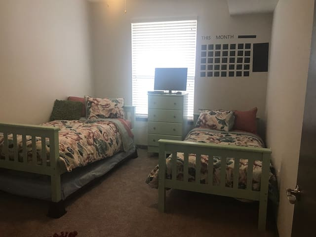 Cozy room in Downtown Plano