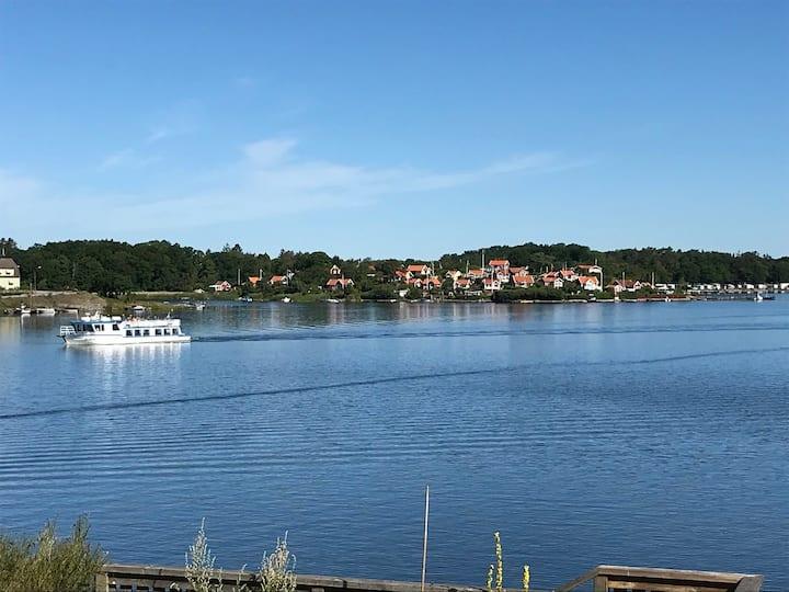 Egen stuga på Ekholmen med utsikt över Brändaholm