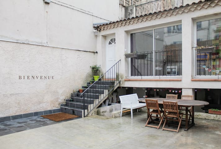 Grande maison, terrasse et parking - Marsylia - Dom