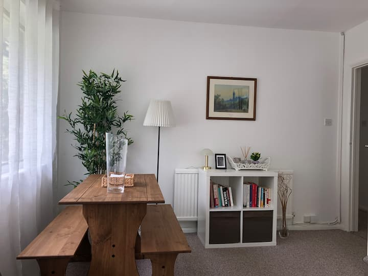 Cozy & bright room - Great links to Central London