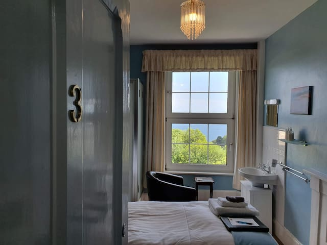 Single room 1st Floor with Seaview, Private Toilet