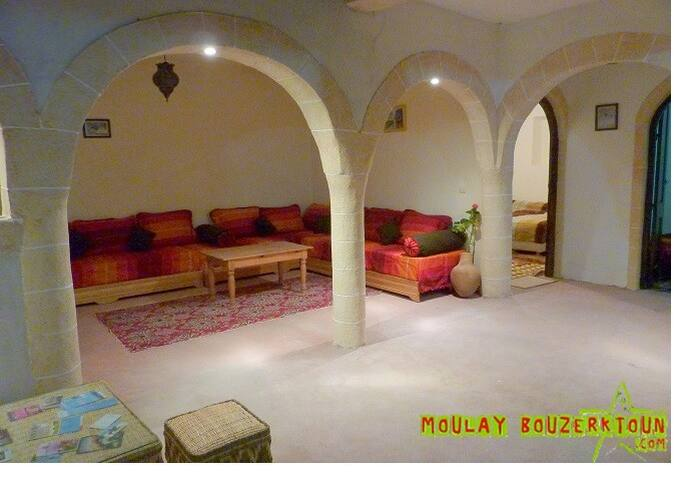 Moulay Bouzerktoune El Mouja Surf - Esauira - Bed & Breakfast