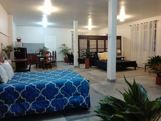Kawit Vacation Home Near Aguinaldo Shrine & Museum